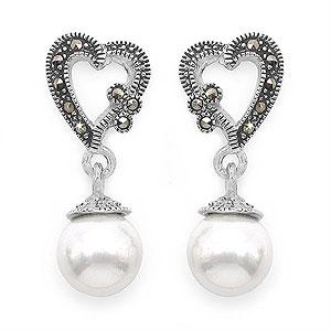 4.50 Grams Pearl & Marcasite .925 Sterling Silver Earrings