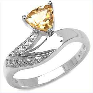 0.70CTW Genuine Citrine Trillion .925 Sterling Silver Ring