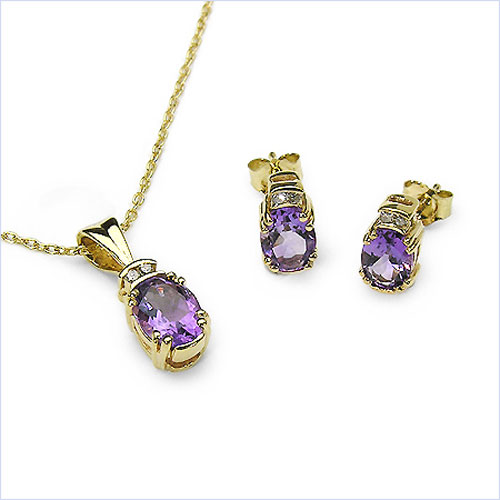 2.96CTW Gold Plated .925 Sterling Silver Amethyst & Diamond Set